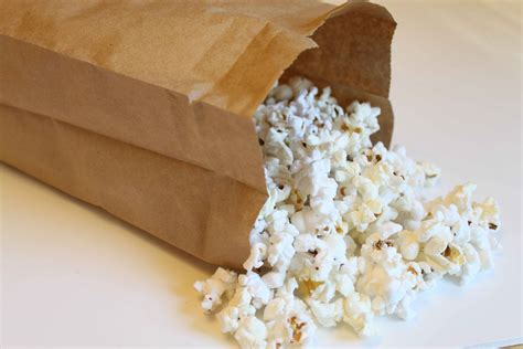Popcorn In Brown Paper Bag - pop your popcorn using a brown bag 1mrecipes