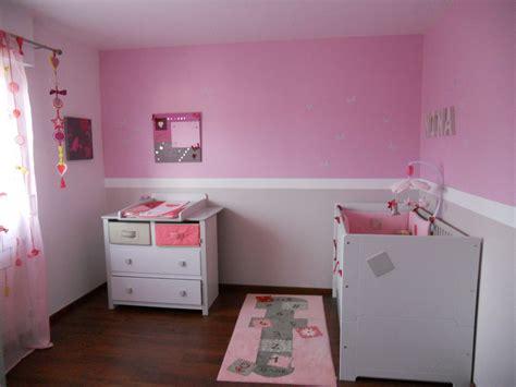 couleur chambre bébé fille idee deco chambre bebe fille et gris visuel 6