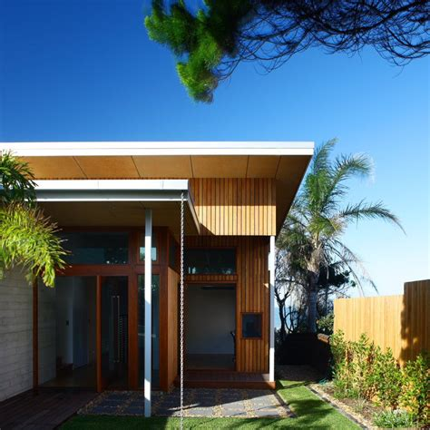 simple beach house designs simple peregian beach house design by middap ditchfield