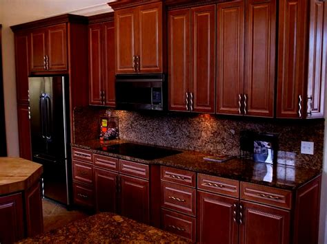 dark maple kitchen cabinets granger54 executive maple kitchen cabinets glazed dark