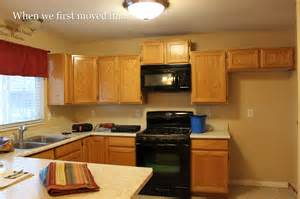 painting kitchen cabinets without sanding diy kinda girl painting cabinets or furniture without