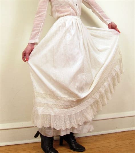 sewing pattern for victorian apron 68 best images about craft sewing aprons on pinterest
