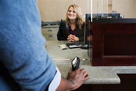 bank tell bank teller career overview