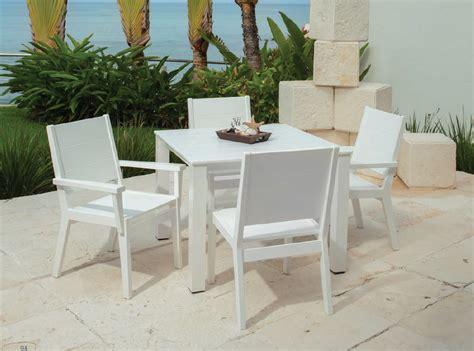 texacraft modular woven outdoor hospitality furniture in