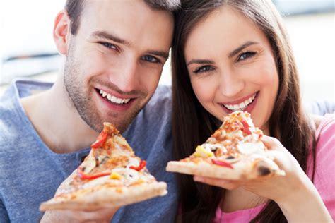 California Pizza Kitchen Gift Card Discount - tuesday freebies 50 california pizza kitchen twitter giveaway