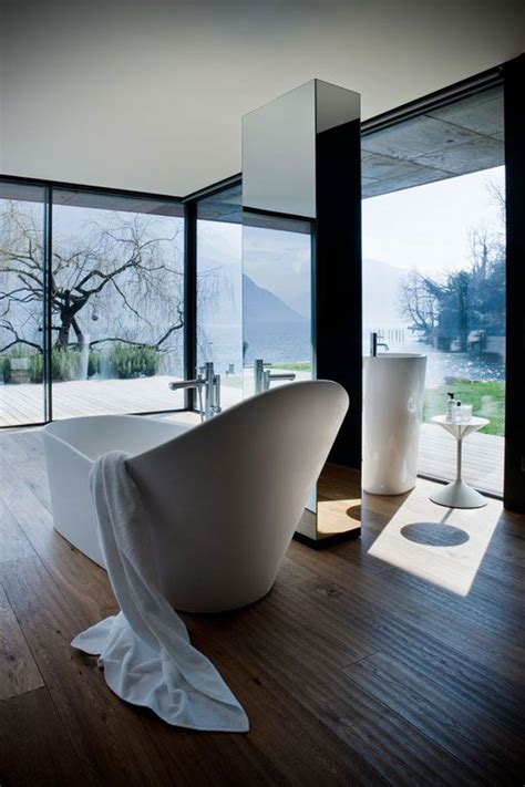 24 mesmerizing bathroom designs with a view