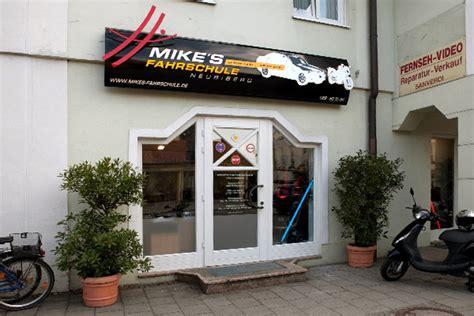 125er Motorrad Anmelden by Mike S Fahrschule Fahrschule Neubiberg Auto Kfz