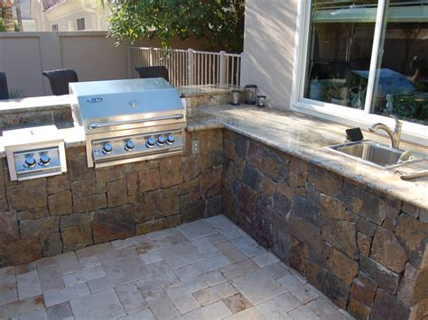 Backyard Bbq Built In Back Yard Built In Bbq Outdoor Barbeque Grills
