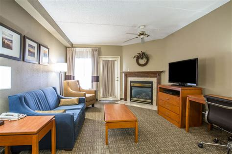 comfort suites pigeon forge tn reviews comfort suites pigeon forge 2017 room prices deals