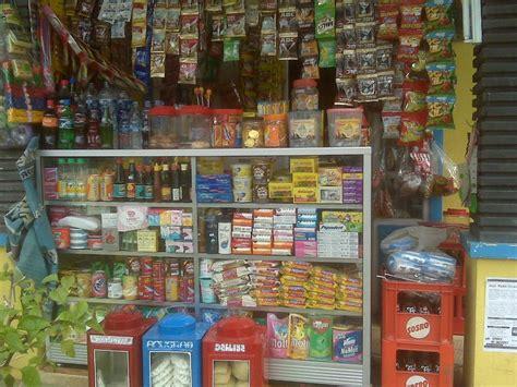 Rak Barang Dagangan hawariyyun bisnis toko kelontong dan pernak pernik aksesoris