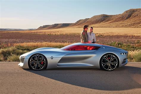 renault trezor renault trezor concept debuts in paris automobile magazine