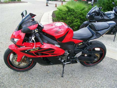 buy honda cbr buy 2005 honda cbr1000rr sportbike on 2040 motos