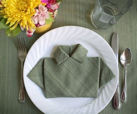 Origami Napkin - 6 ridiculously simple napkin folding ideas you can t