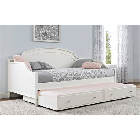Daybed Bedding Ideas 25 Best Ideas About Daybeds On Daybed Ikea Daybed And Daybed Bedding
