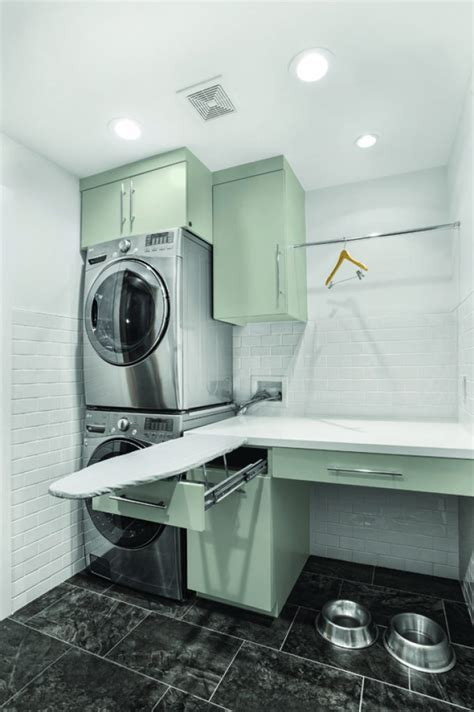 50 Beautiful And Functional Laundry Room Ideas Homelovr Space Saving Laundry