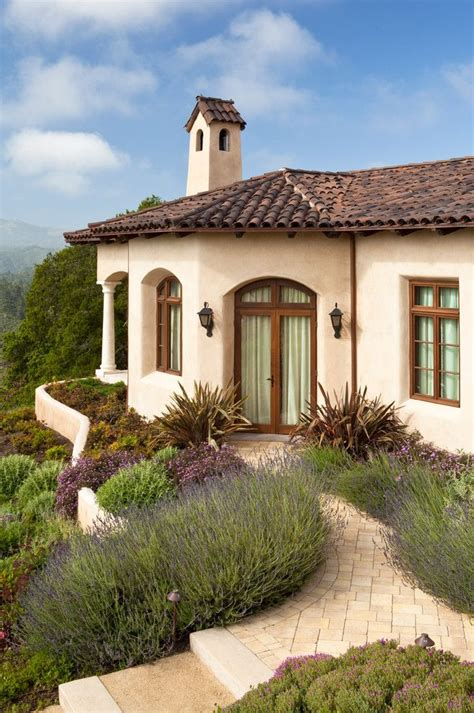 25 Best Ideas About Mediterranean Homes On Pinterest Mediterranean House Plans On A Slope