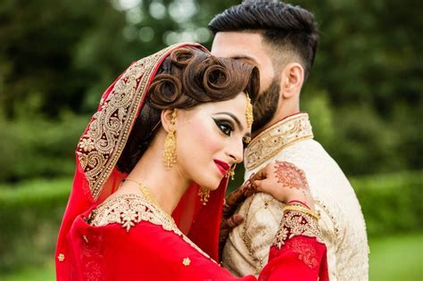 Pakistani Couples Wedding Photography Poses 2018