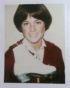 original 70s dorothy hamel hairstyle how to dorothy hamill wedge haircut back view short hairstyle