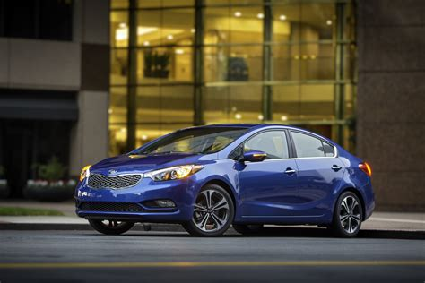kia forte review ratings specs prices    car connection