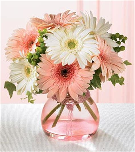 Simple Flower Decoration Ideas by Simple Flower Arrangements For Decorating Your Home