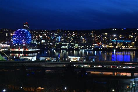 tinseltown vancouver new year 2015 tinseltown vancouver furnished condo rental
