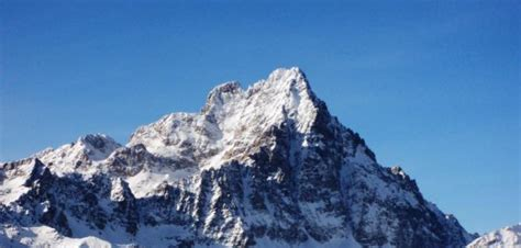 roberto mantovani roberto mantovani monviso l icona della montagna piemontese