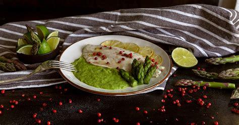 fiori di nasello findus ricette ricetta fiori di branzino con crema di asparagi findus