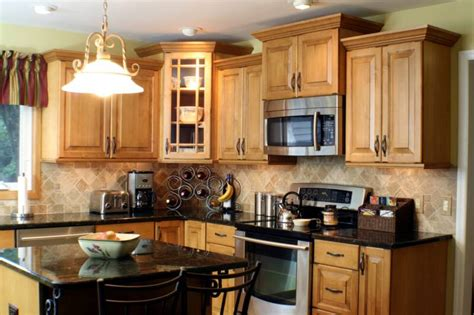 best rated kitchen cabinets roselawnlutheran kitchen color ideas with maple cabinets 5 best rated