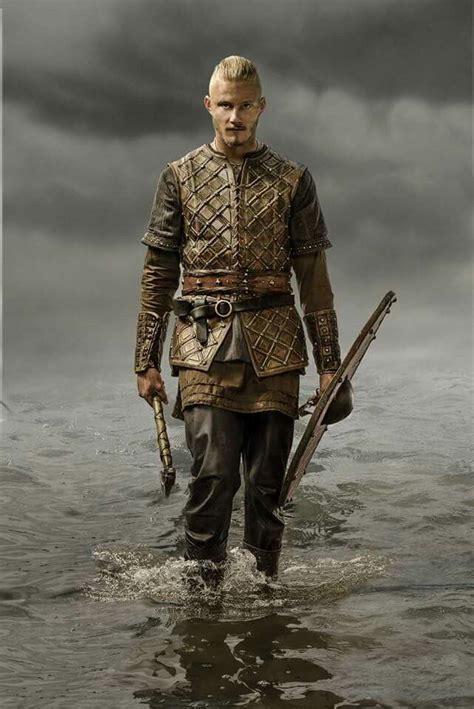 bjorn lothbrok viking season 2 bjorn lothbrok pinterest 264 best vikings images on pinterest vikings norse