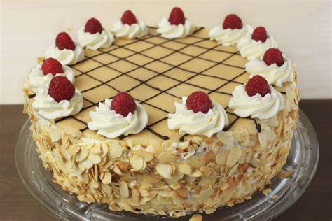Deko Torte by Torte Deko Marzipan Geburtstagstorte