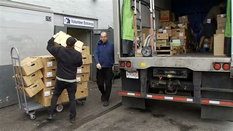 soup kitchens in portland maine portland restaurant owner donates hundreds of turkeys to