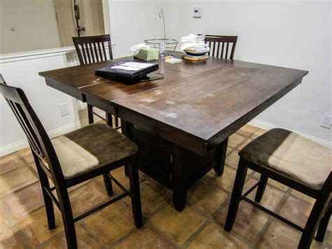 refinishing an dining table
