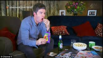 noel gallagher cbell and kate moss on gogglebox