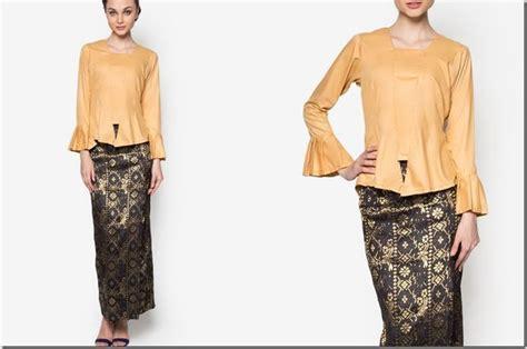 Kebaya Modern Setelan Gold Navy 17 best images about baju raya 2016 fashion ideas on grey blouse tunic tops and