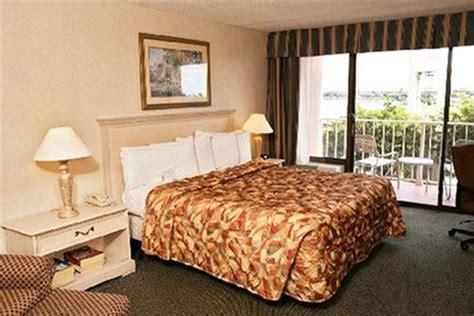 rooms to go miami gardens stadium hotel miami gardens