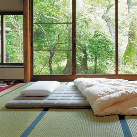 Futon Japonais by Lit Futon Pour Une Chambre 224 Coucher De Style Japonais