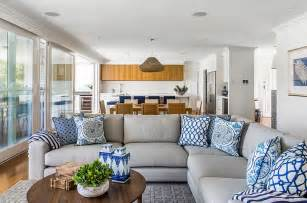 Traditional Vases Blue And White Interiors Living Rooms Kitchens Bedrooms