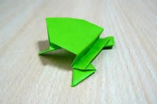 Origami L - origami l du pliage de papier grenouille