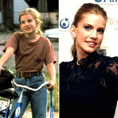 anna chlumsky 3rd rock from the sun barefoot theatre company co member a chlumsky goes off