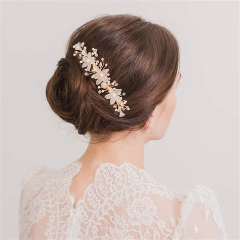 Wedding Hair Accessories Not On The High by 26 Subtle But Stunning Wedding Hair Combs Weddingsonline