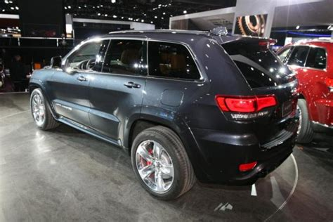 land rover jeep 2014 2014 jeep grand srt compared to land rover sport