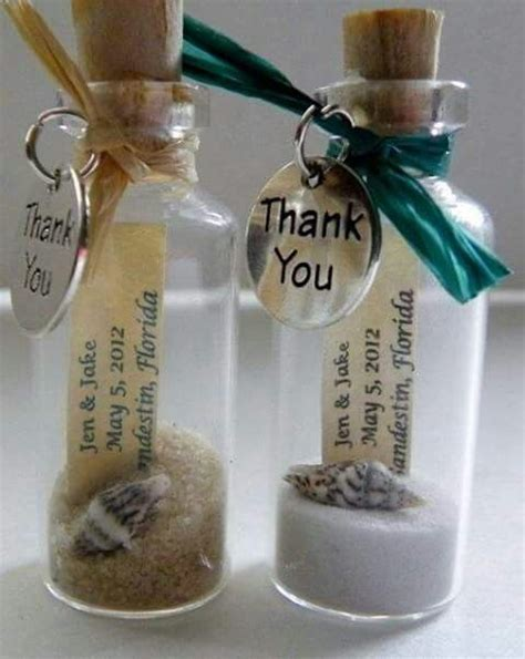 33 Perfect Personalized Wedding Giveaways for your Wedding