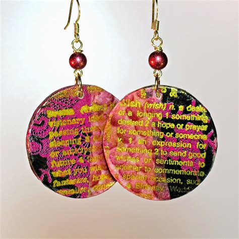 Decoupage Jewellery - blukatkraft diy decoupage gold embossed wood disc earrings
