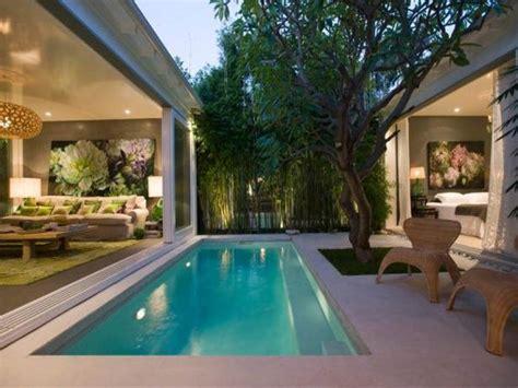 Dark Darling Desire To Inspire Desiretoinspire Net Home Designs With Courtyard Pool