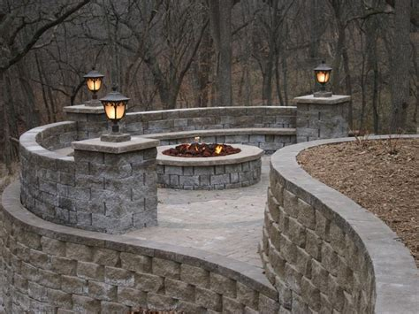 Outdoor Living With Seat Wall Firepit Retaining Walls Garden Wall Lighting Ideas