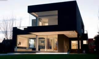 Cool Modern House Plans A Black Modern House In Argentina