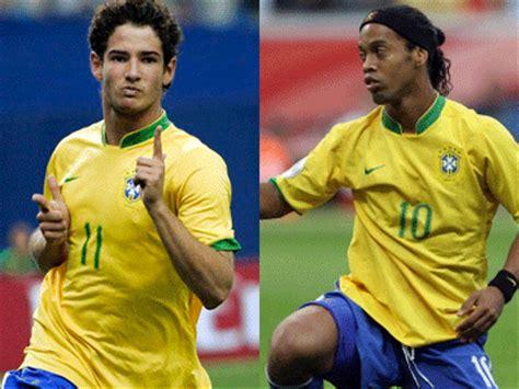jogadores do brasil descomplicando