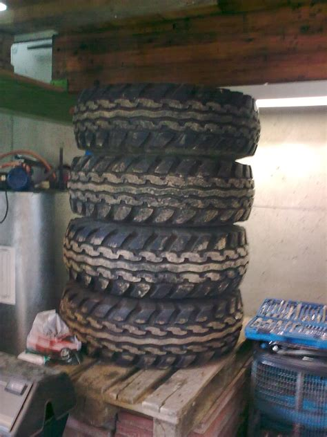 Motorrad Reifen Rissig by Felgen Und Reifen 36 Quot F 252 R K30 W200 Hummer Biete