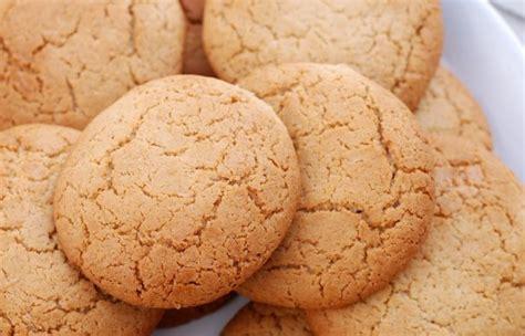 belgian cinnamon cookies recipe foodcom