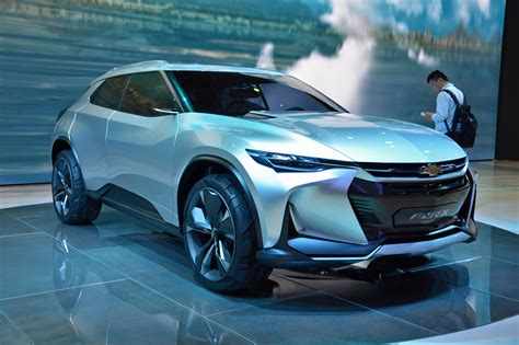 crossover cars 2017 chevrolet fnr x plug in hybrid crossover concept debuts in